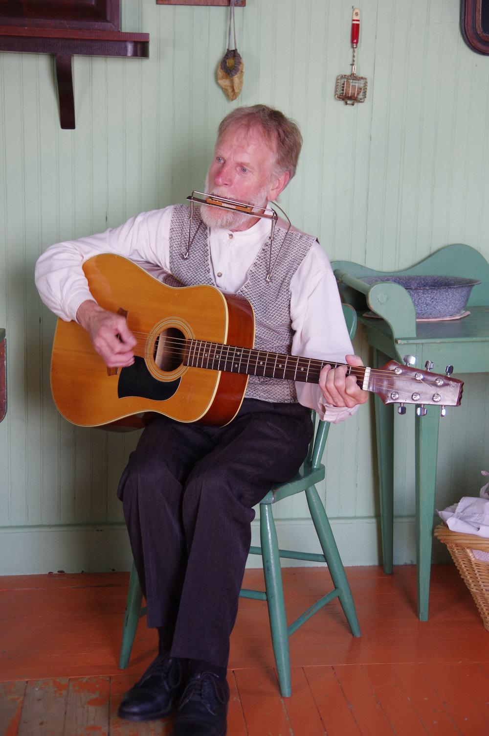 Gaspé musicien.jpg