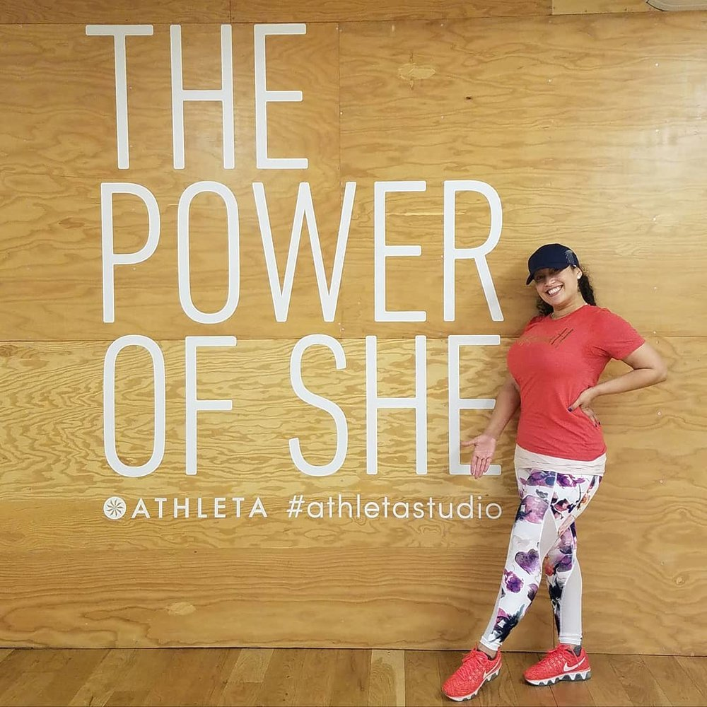 Check out Wukkout!® Founder and Athleta Ambassador, Krista Martins, wearing the Athleta  Floral Mudra 7/8 Tight  in buttery soft PowerVita fabric and  Wukkout! Unisex Metallic T-Shirt .