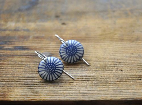 Blue white flower resin earrings a lucky girl studio blue white flower resin earrings mightylinksfo