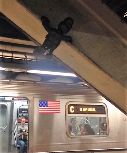 15-10 14st street station 4.JPG