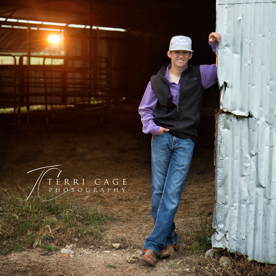 ponder high school, senior, pictures, guy, farm, cowboy, ffa