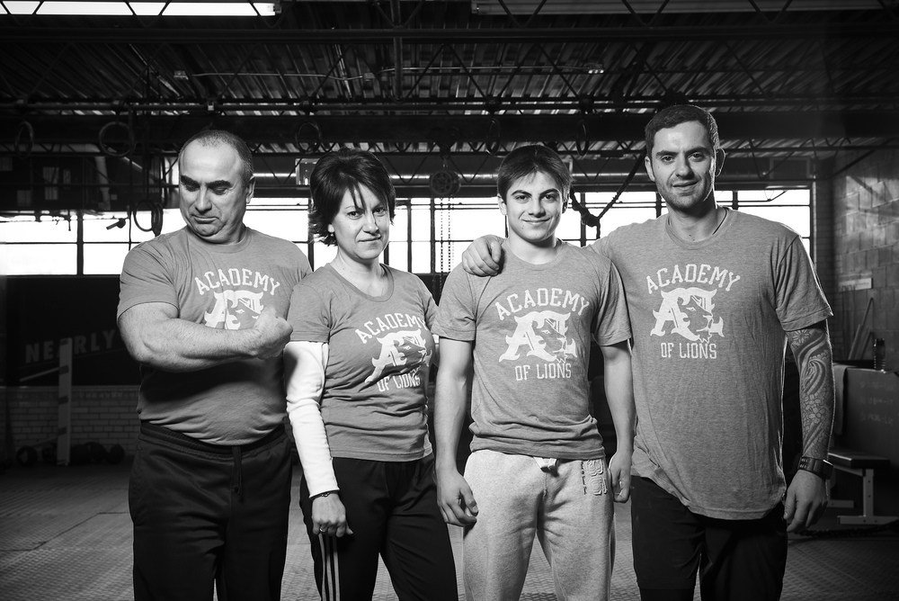 LIFTING THE COMMUNITY The Academy Of Lions and Varbanov Family are working hard to spread the joys & benefits of Weightlifting across North America.