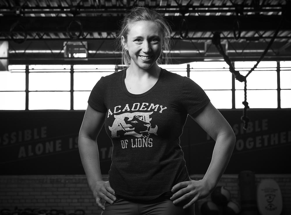 FREYA RAVENSBERGEN CrossFit Performance, Barbell & Women's Fitness