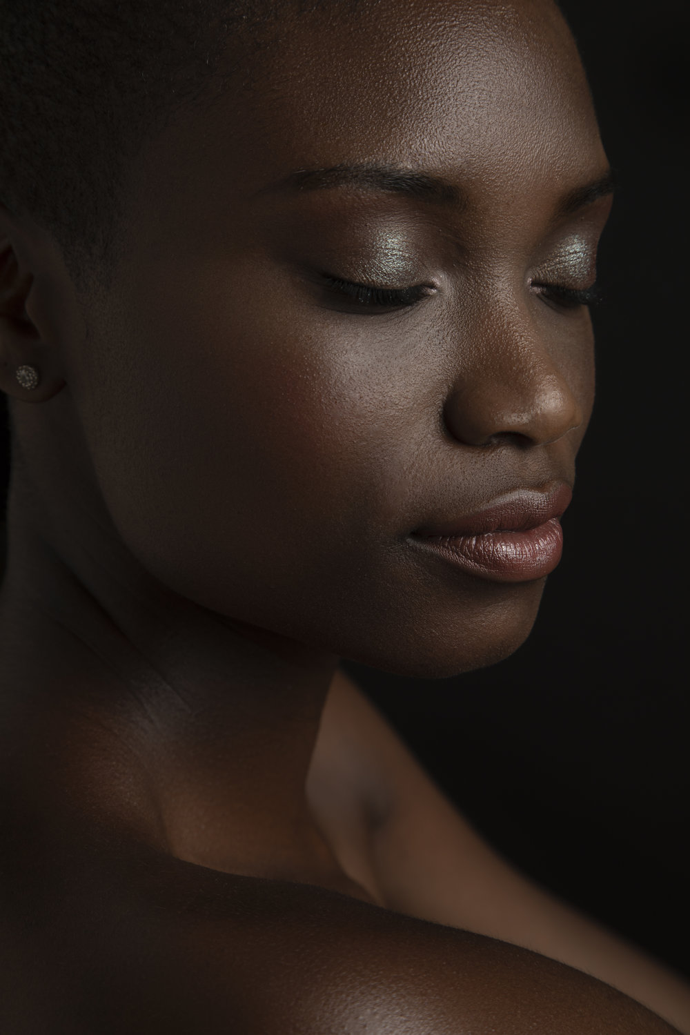 April_Staso_Los_Angeles_beauty_Photographer_LA_beauty_photography_Melanin_beauty_portraits_mac_cosmetics_portraiture_5.jpg