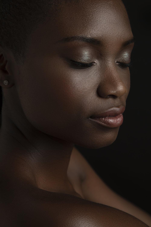 April_Staso_Los_Angeles_beauty_Photographer_LA_beauty_photography_Melanin_beauty_portraits_mac_cosmetics_portraiture_5.jpg