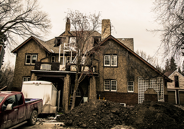 Built in 1911, Sylvancroft was reknowned for stylish elegance. During the First World War, Harry Evans let immigrants stay at Sylvancroft for weeks, even months at a time. It was demolished in March 2016 after falling into disrepair. Photograph Ryan Girard