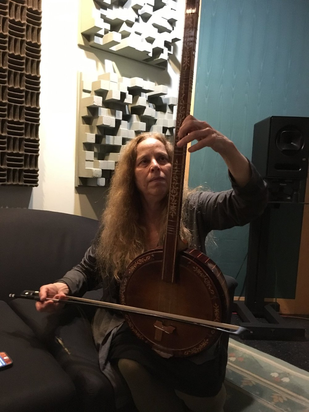 Beth Cohen , cello