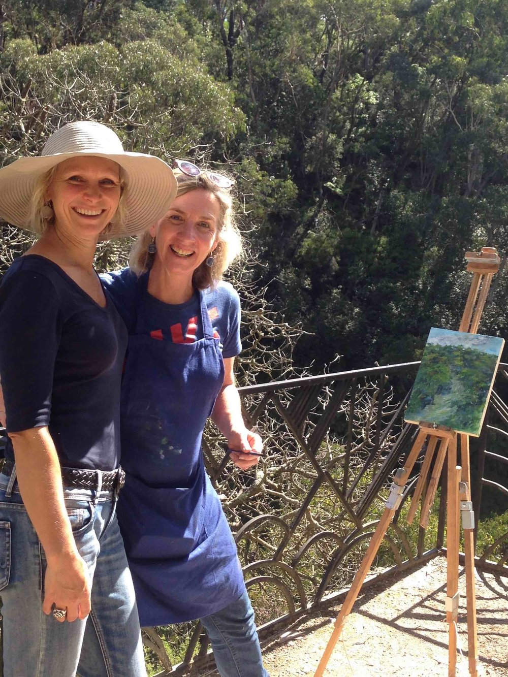 small Artist Corinne Loxton and Fiona from Lindfield with one of Fiona's plein air paintings.jpg