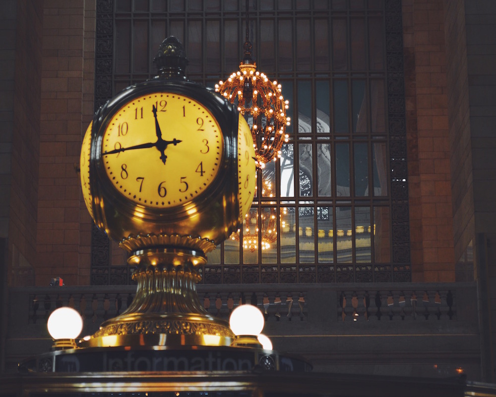 OPAL GRAND CENTRAL CLOCK IN NEW YORK CITY
