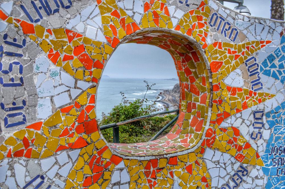 Mosaics in parque del amor lima peru