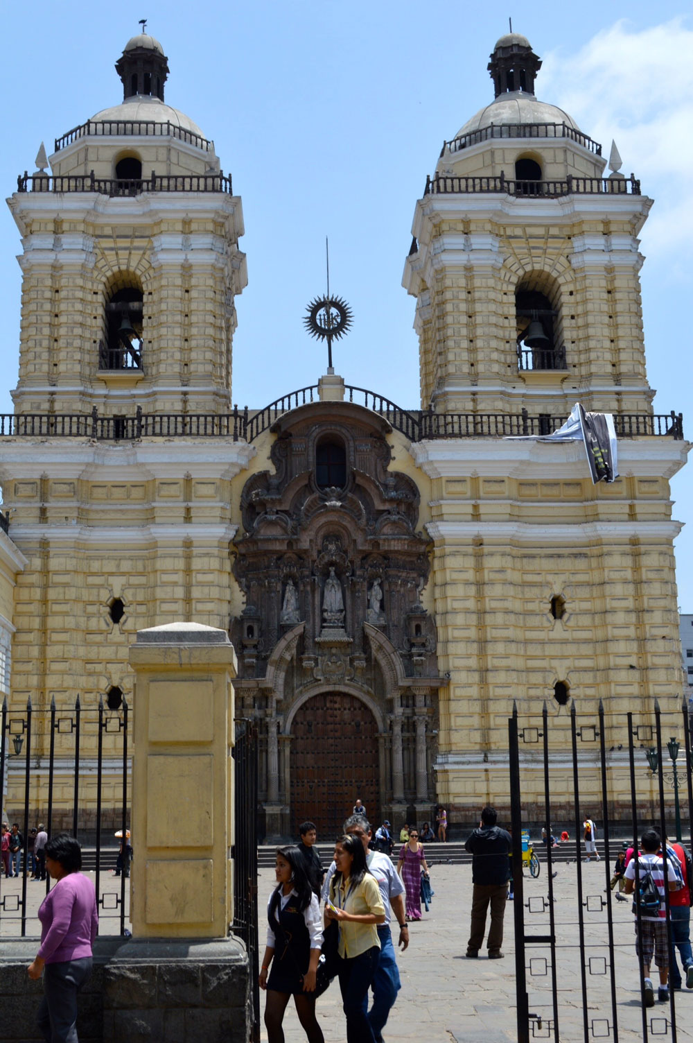 IGLESIA Y CONVENTO DE SAN FRANCISCO SAN FRANCISCO CHURCH LIMA PERU
