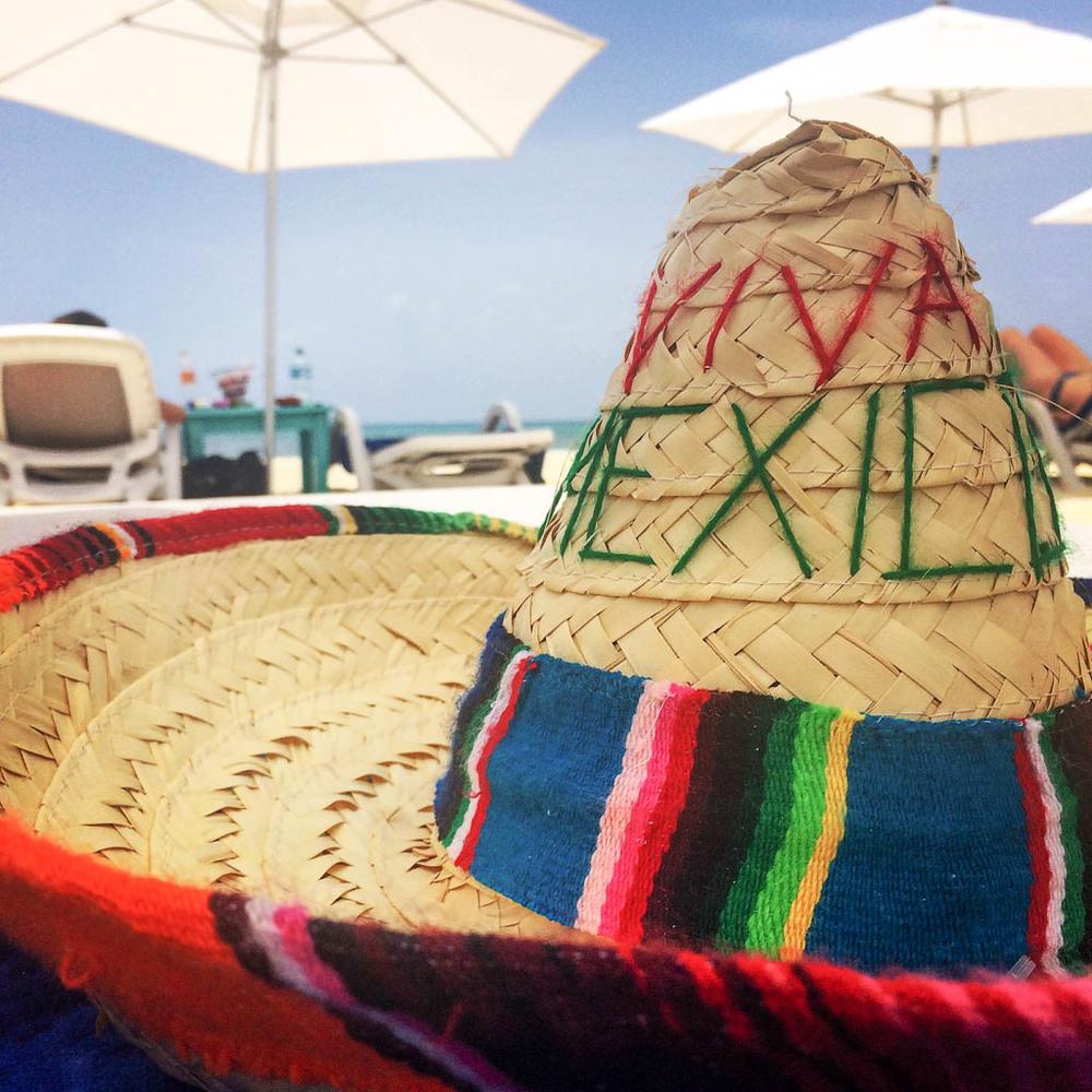 CONTIKI MEXICO GRANDE REVIEW: Viva Mexico Sombrero Playa Del Carmen