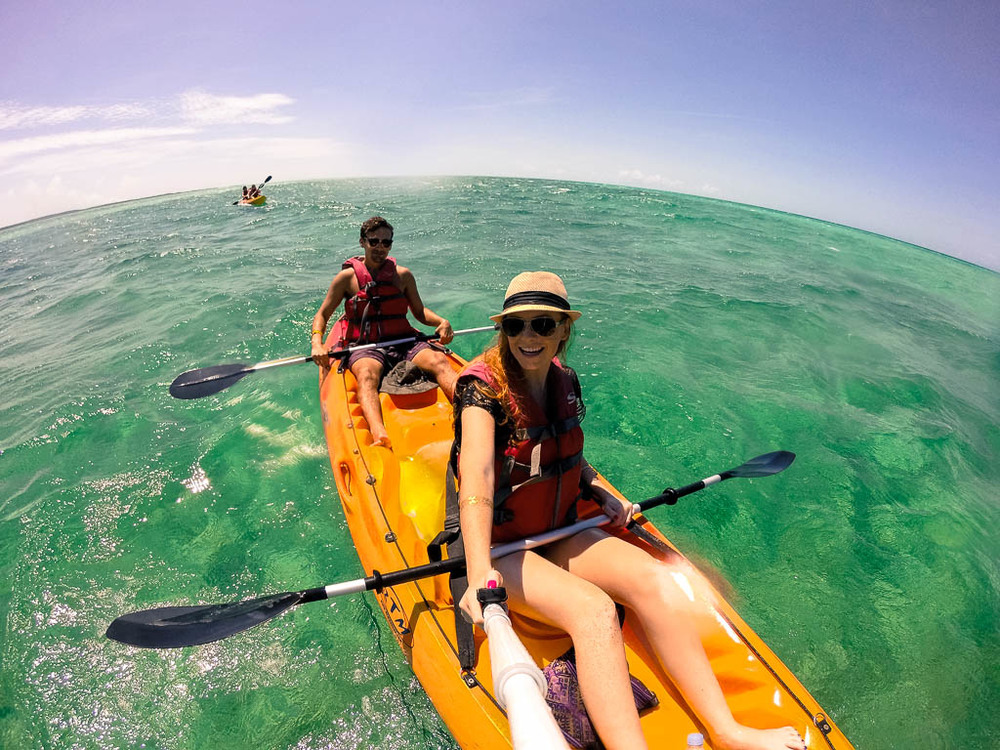 THE TRAVELING GINGER AND TRAVELING NINJA KAYAKING IN THE BAHAMAS