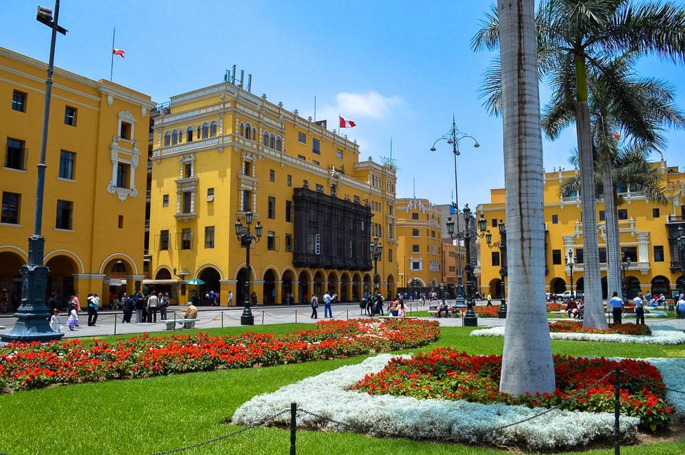 CONTIKI REVIEW INCA PANORAMA: Plaza de Armas, Lima, Peru