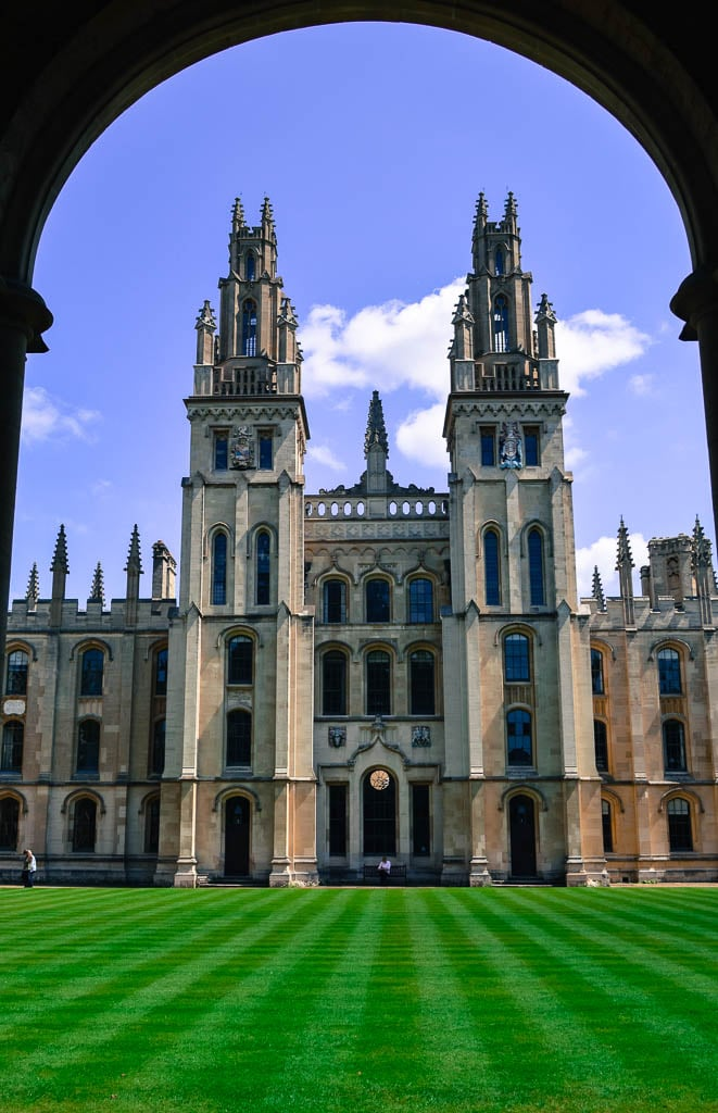 college at oxford university, united kingdom