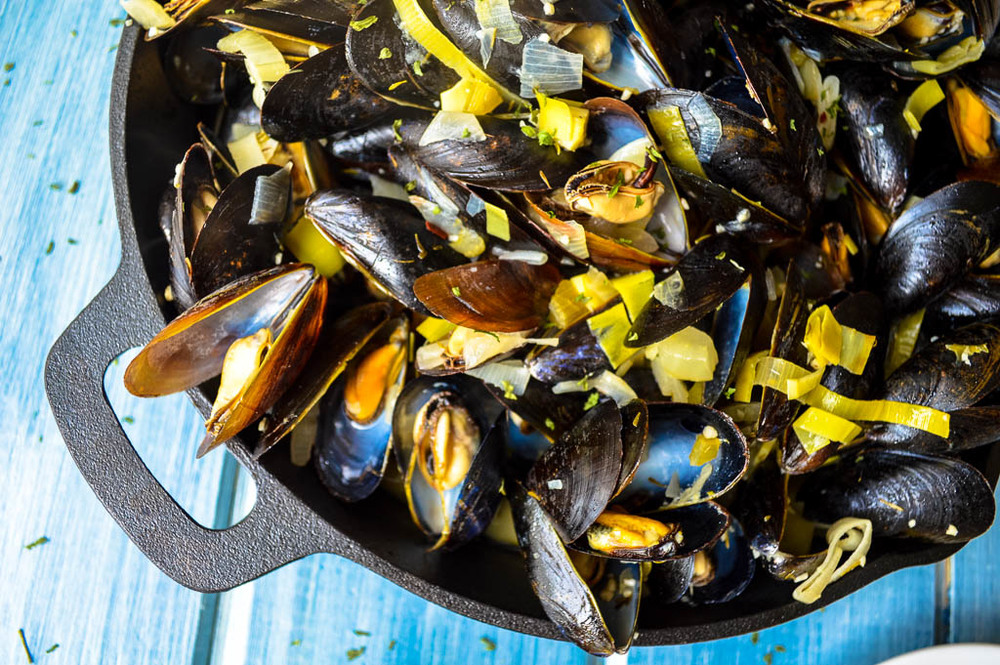 BELGIUM'S NATIONAL DISH: MOULES FRITES RECIPE