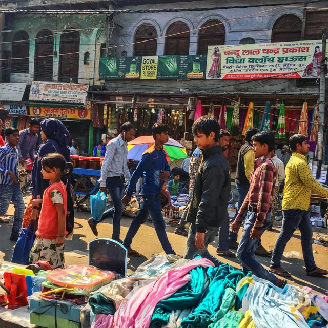 my first day in india: Chandi chowk market in delhi