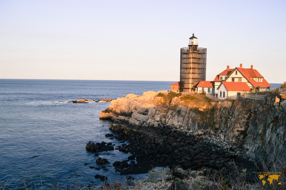 VISIT THE PORTLAND HEAD LIGHTHOUSE IN MAINE