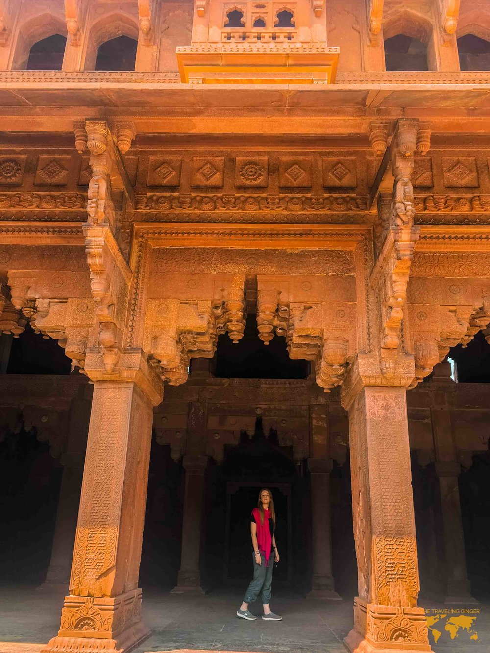 WHAT TO WEAR WHEN TRAVELING TO INDIA FOR WOMEN