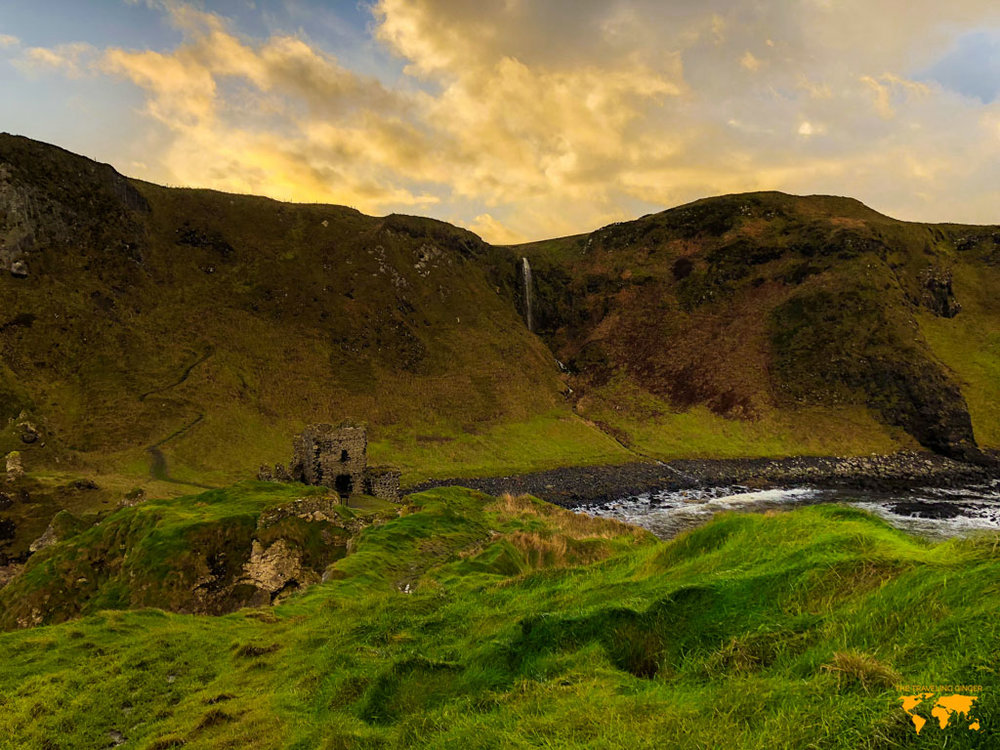 THINGS TO DO IN NORTHERN IRELAND: KINBANE CASTLE