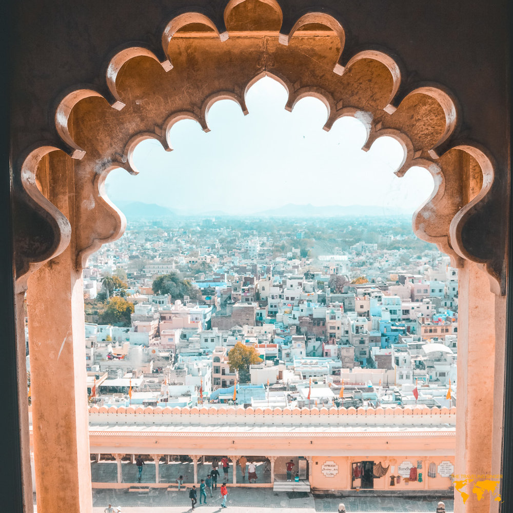 VIEW OF UDAIPUR FROM CITY PALACE (CONTIKI INDIA)