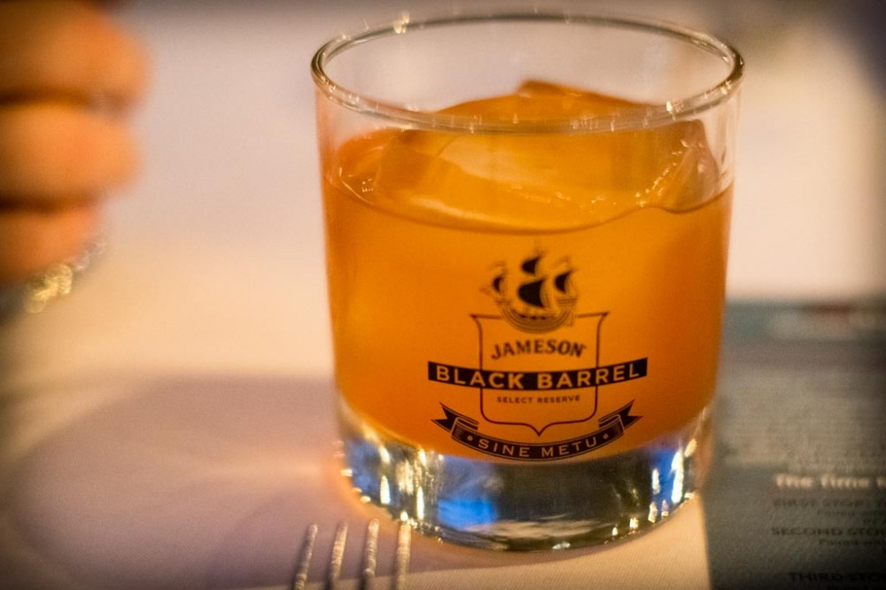 jameson-black-barrel-cocktail-le-grand-fooding-1000x666.jpg
