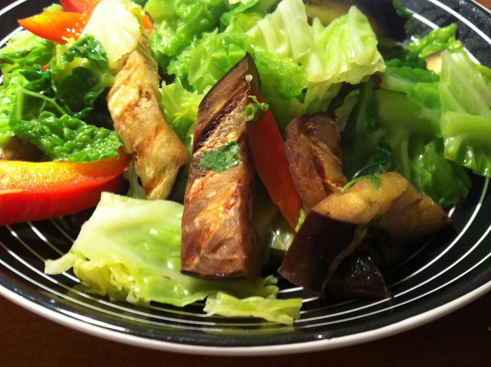 савойская капуста с овощами-гриль