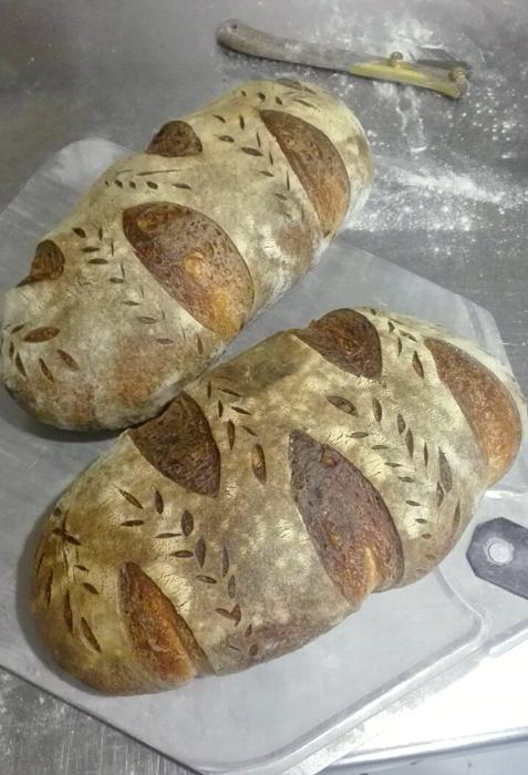 Выпеченный хлеб с прошлого фото.