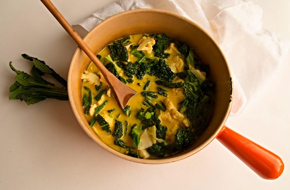 Cauli, cavolo, coco soup - in pan