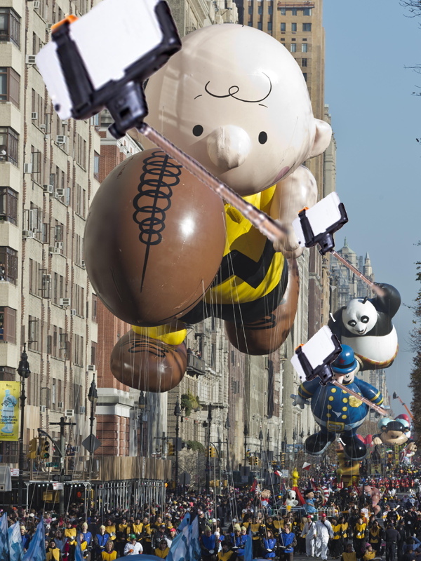 Macys Thanksgiving Day Parade Charlie Brown Selfie Stick