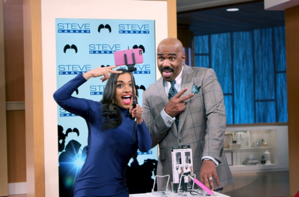 steve harvey selfie stick