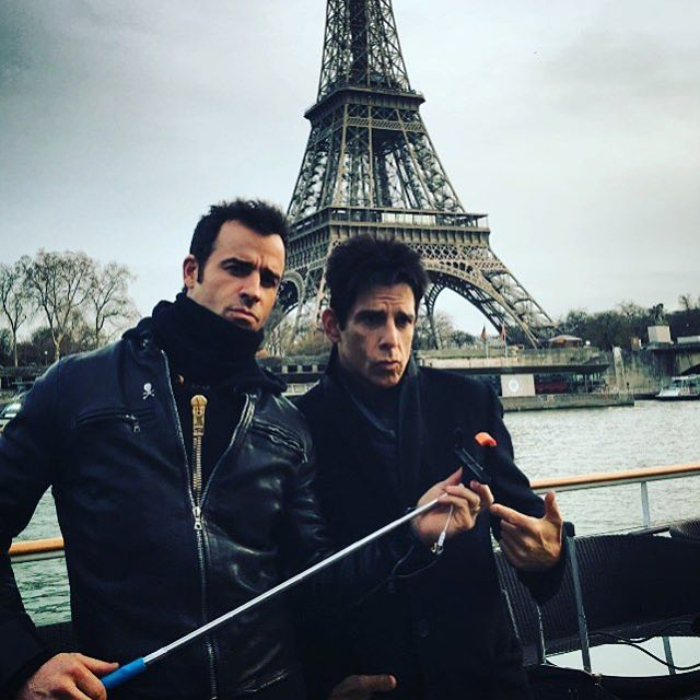 Justin Theroux and Ben Stiller showed off their male model moves with a selfie stick. #Selfie #Selfwe #SelfieOnAStick #SelfieStick #Selfwestick #benstiller #JustinTheroux #Zoolander #Zoolander2 #Paris Buy your Selfie On A Stick here: www.selfieonastick.com