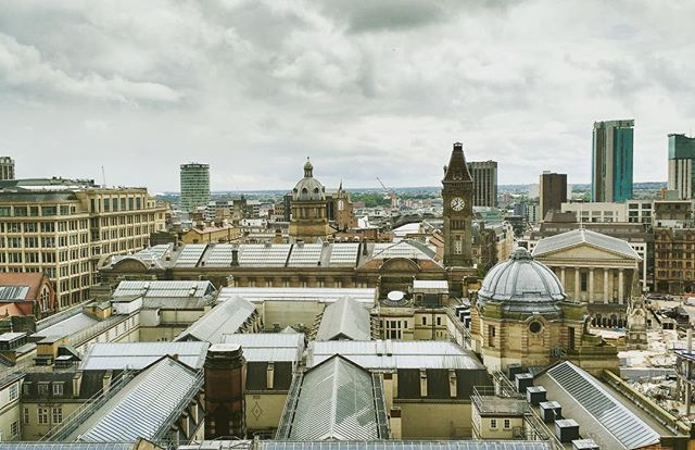 It's a great view across Birmingham Museum and Art Gallery from the roof of The Crossway (formerly Civic House). #RooftopTuesdays #igersbirmingham #hiddenbrum #skyline #Birmingham