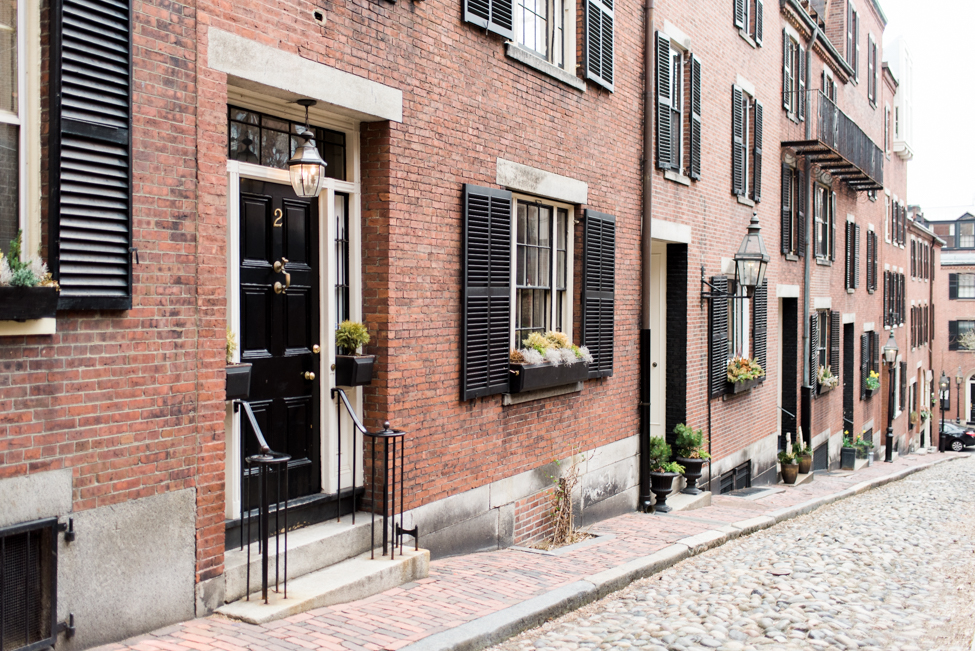 acorn-street-boston-massachusetts