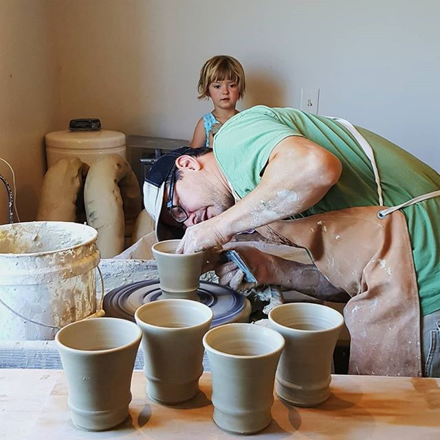 We are in the studio for a quick-turnaround firing cycle.  We are testing several @starworksceramics clays and expanding on the glaze tests we had in the last firing. Joe and Cleo gave New Catawba a spin today. Joe threw diner mugs and Cleo made a bunny.  #familytime #windyridgepottery #mineralpoint #wemakeit #mineralpoint  #starworks #pottery #atthewheel