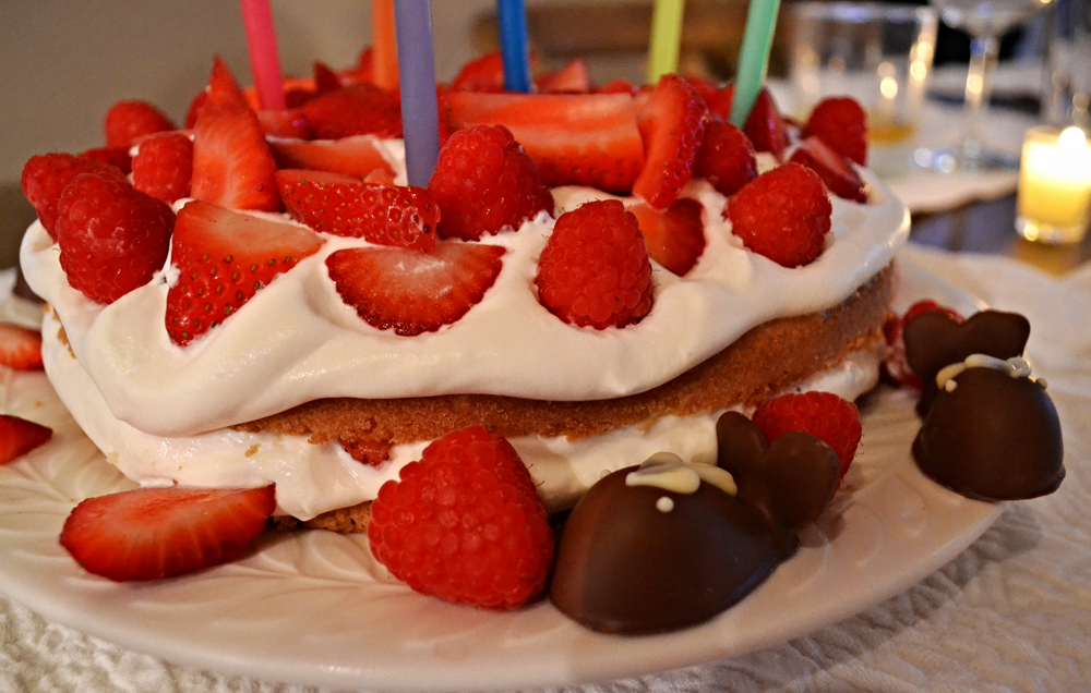 {One of my go-to summer cakes: Ina Garten's  Strawberry Country Cake }