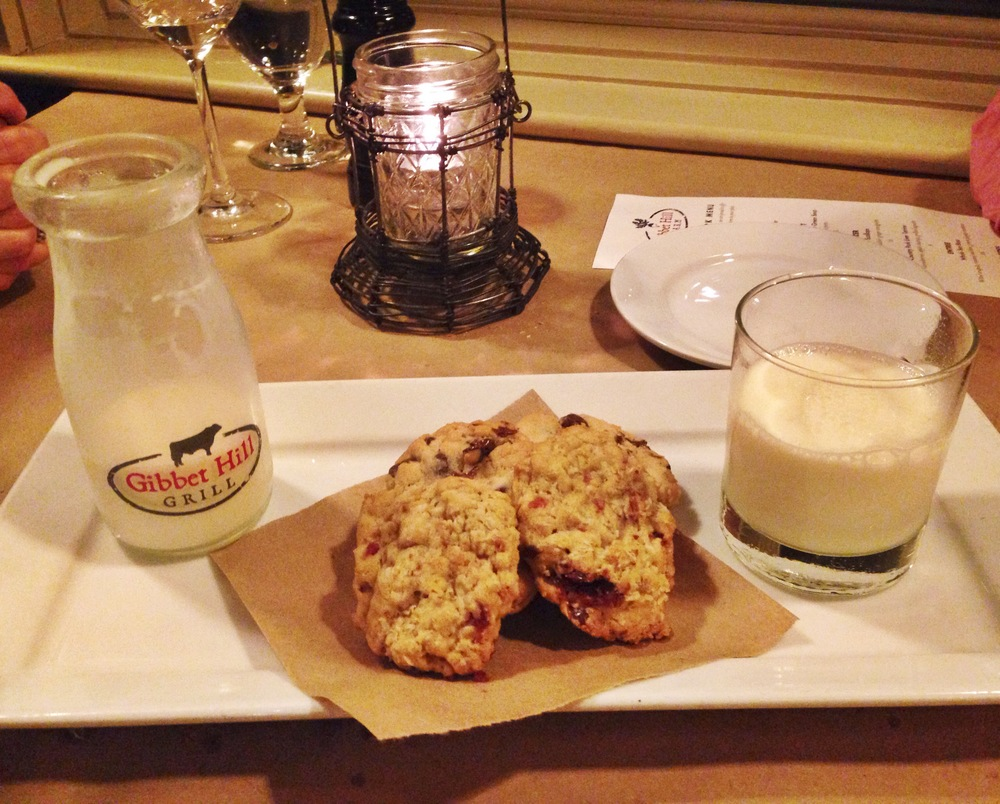 {Cookies and milk for dessert}