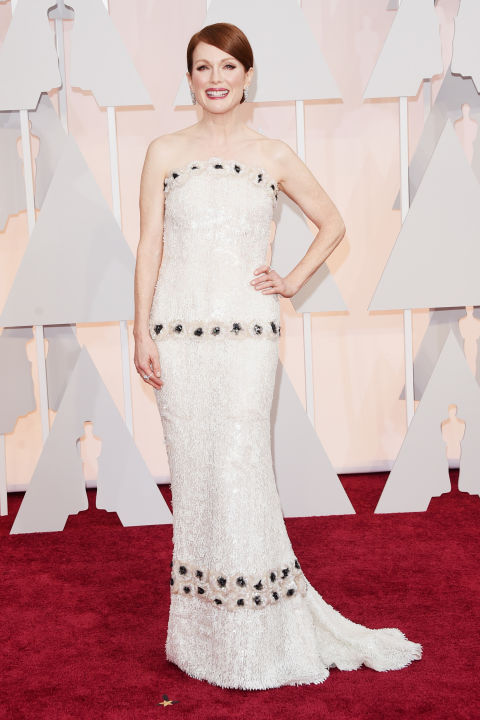 Julianne Moore in Channel Haute Couture