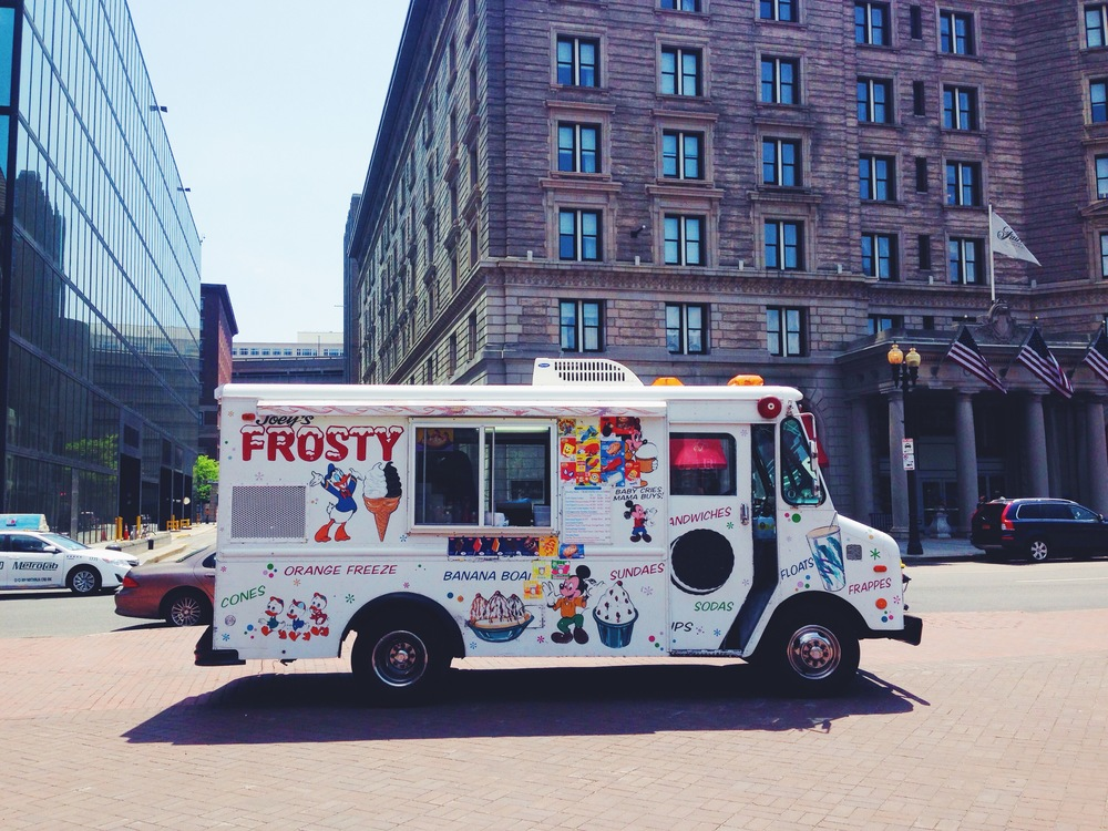 {I have a thing for ice cream trucks...}