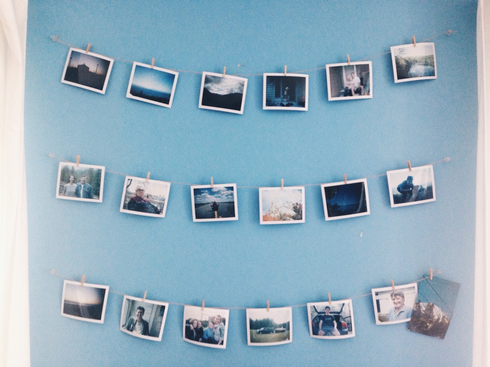 {My sis always inspires me (if you don't know who sis is, read here)...love her display of hanging polaroids}