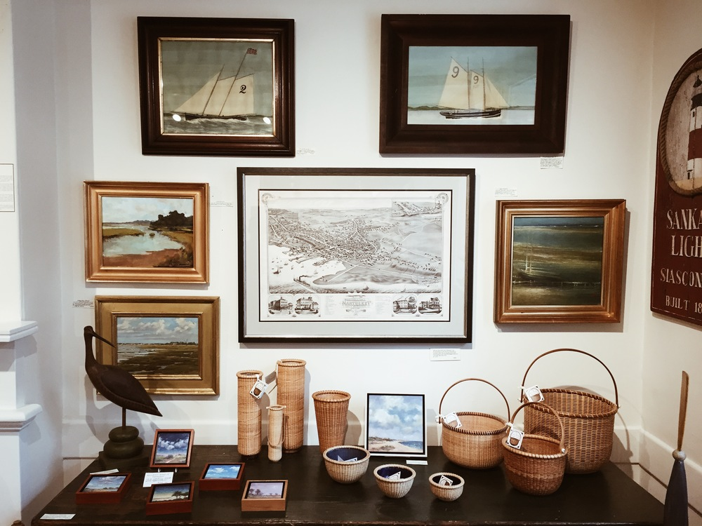 {Classic Nantucket shopping scene in town...always love the baskets}