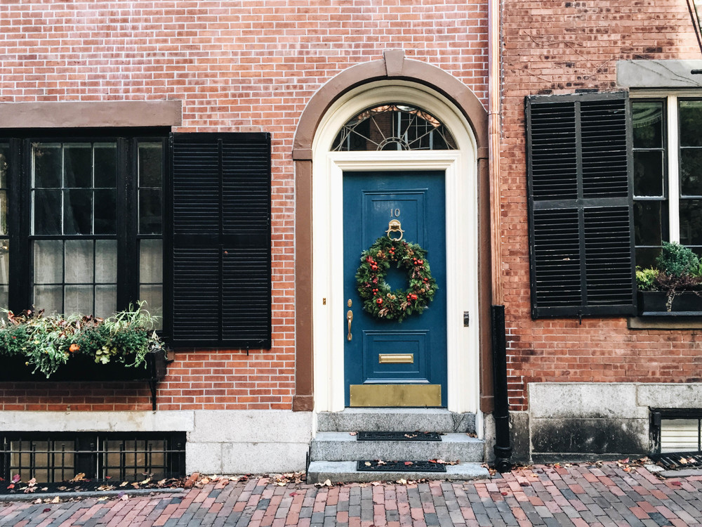 {Christmas looks good on you, Beacon Hill}