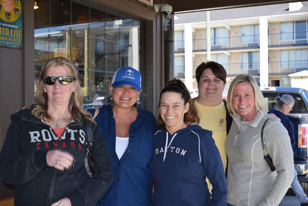 Shari from Canada, Tina from Nashville, Jennifer from Ohio, Noelle from Minnesota, and me from no where.