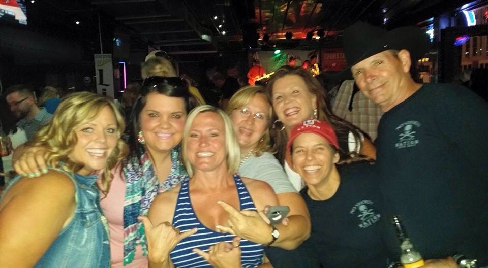 Emily, Kylie, me, Shari, Penney, Jen, and Lon.