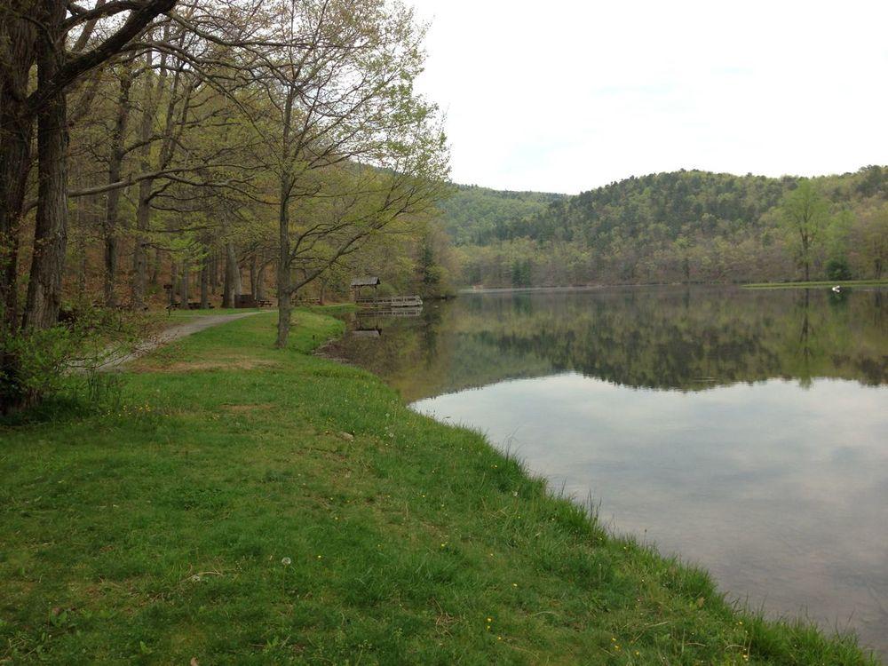 Sherando Lake, VA
