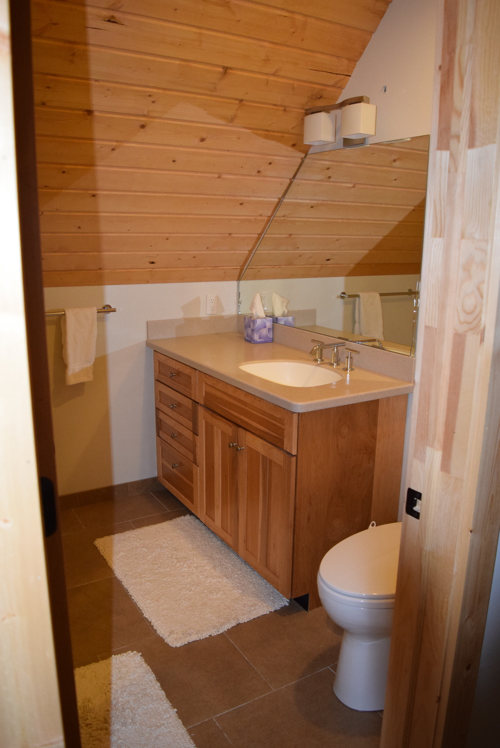 Master bath. Only one sink, but way bigger than the camper bathroom!