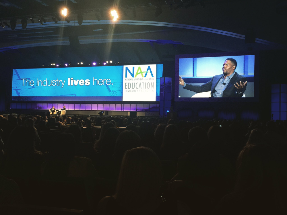 Michael Strahan hosts NAA General Session