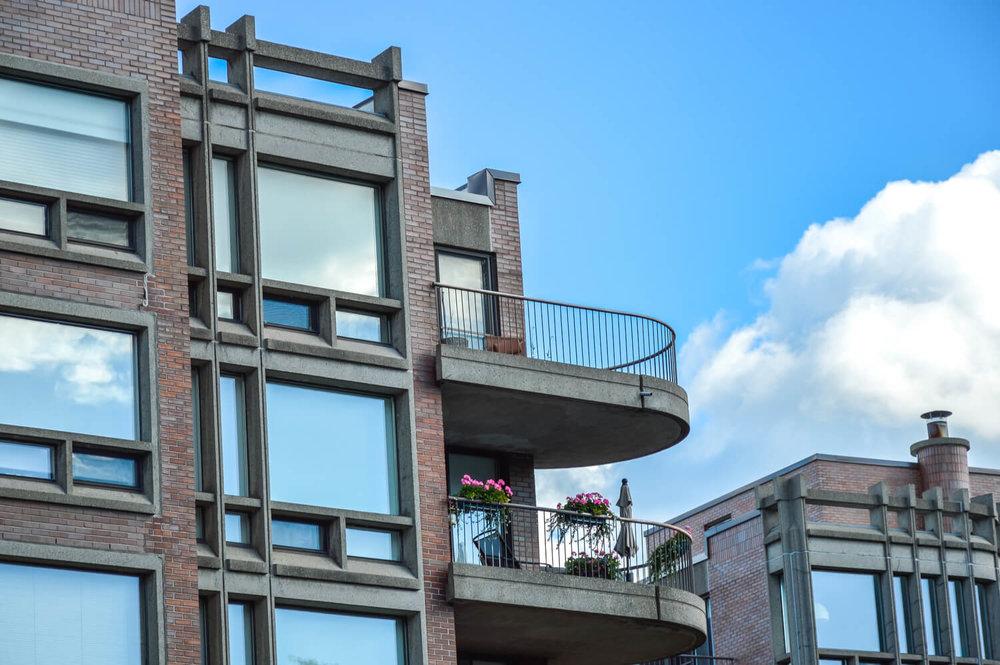 condo terrace - townhouse versus condo
