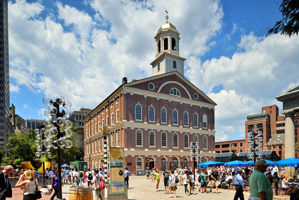 faneuil hall - moving trends