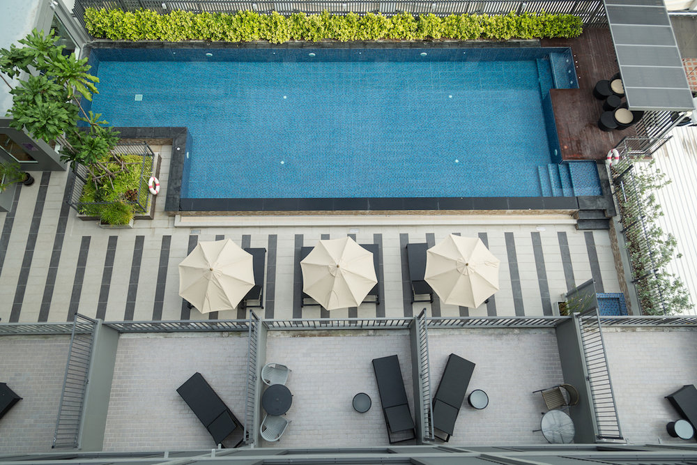 condo-pool_difference-between-condo-and-co-op
